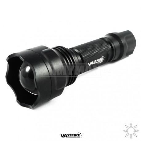 Vastfire VA-C8.2 Tactical XM-L2 LED , taktická svítilna / baterka